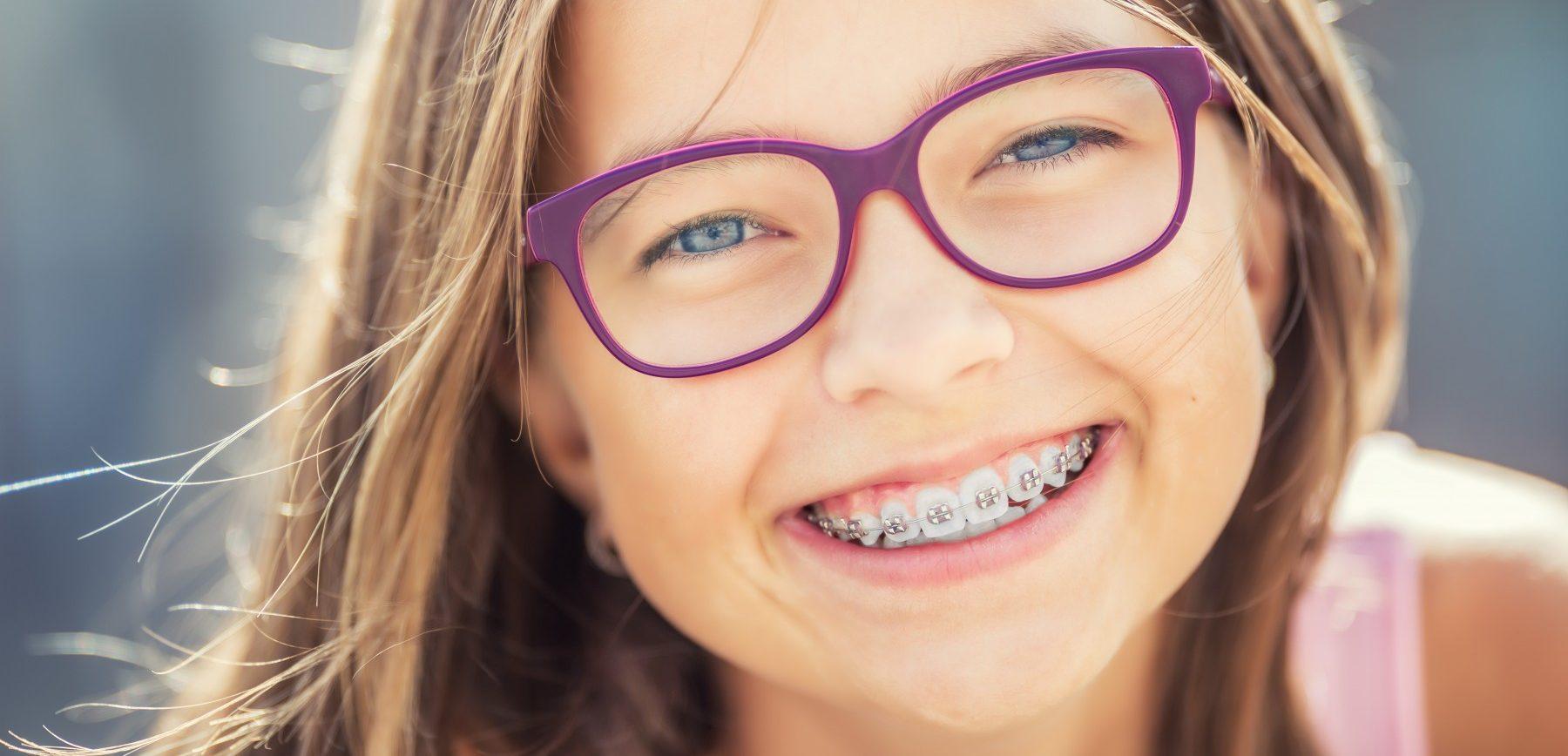 Kieferorthopädische Behandlungen bei Kindern & Jugendlichen
